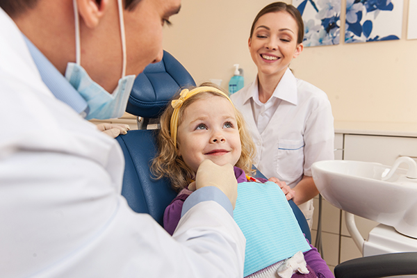 children dentist at work